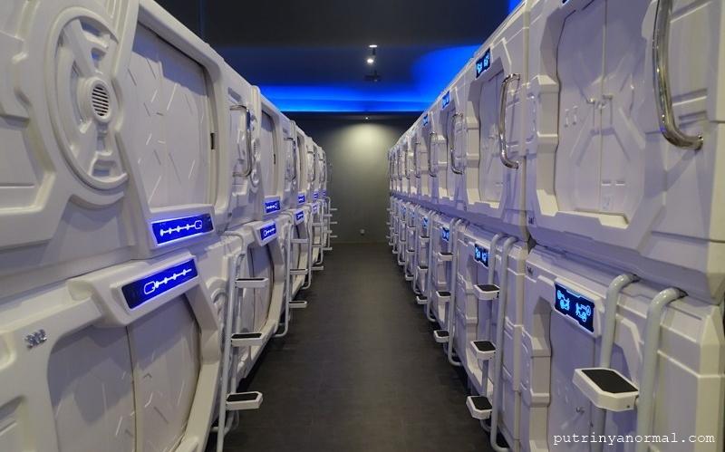 Fasilitas hotel kapsul yang ada di Bandara SOETA