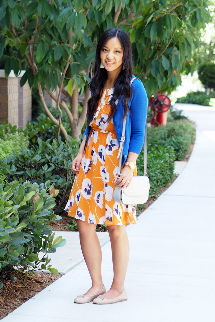 orange floral print dress + blue cardigan + nude flats + grey crossbody bag