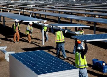 Tips for Investing in solar energy: What You Need to Know About Trading In This Tech Market