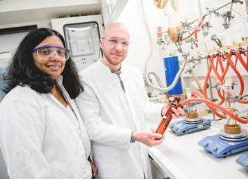 Ultra-thin transparent silver films for solar cells
