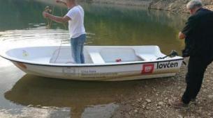 Otilovićko jezero čuvaju sa dva čamca
