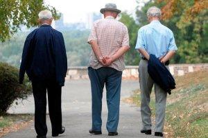 Po svaku cijenu sprečavaju ranije penzionisanje, ali nerado spuštaju starosnu granicu