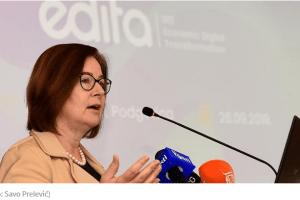 Rajzing Rajnke: Šokirana sam prizorom oskrnavljene zastave Crne Gore na Ambasadi u Beogradu