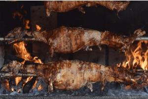Policija u BiH zatekla 11 osoba kako peku jagnje usred policijskog časa