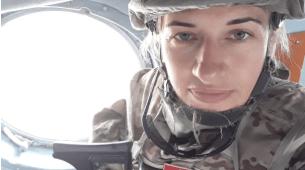 Ona je neustrašiva vojnikinja i ponosna majka