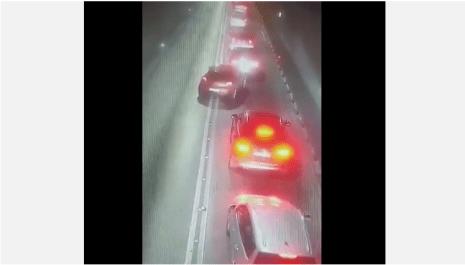 Dva vozača preticala u tunelu Sozina, jedan nije imao položen vozački