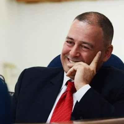 Majstor svih zanata: Premijer Kukovih ostrva dodijelio sebi 17 funkcija