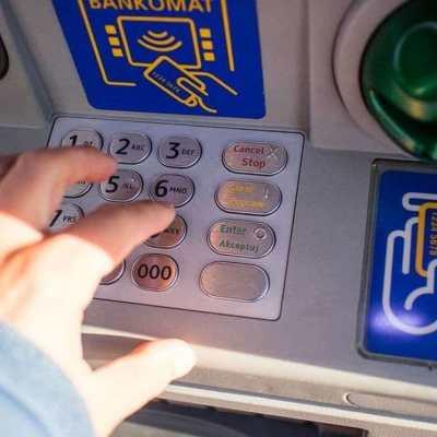 Sa tuđih bankomata do tri odsto provizije