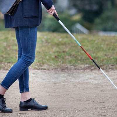 Savez slijepih: Usvojiti i njegovati princip zasnovan na ljudskim pravima za OSI