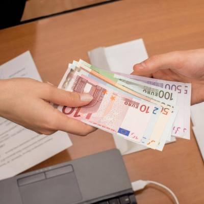 U Crnoj Gori plate manje rasle nego u BiH i Srbiji