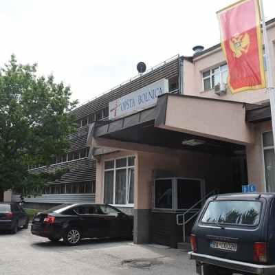 Jedanaest kovid pacijenata u teškom stanju u Beranama i Nikšiću