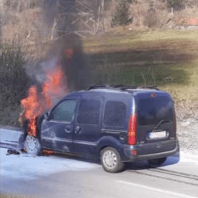 Izgorelo vozilo kod TE Pljevlja,saobraćaj u prekidu – Nema povrijeđenih
