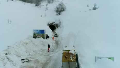 Pogledajte kako ekipe Crnagora puta čiste put do Šavnika