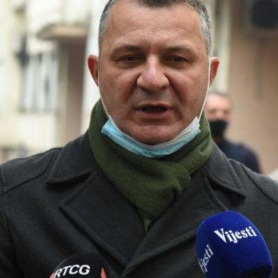 Rakočević: I nova Vlada, kao i stara nastavila da partijski zapošljava