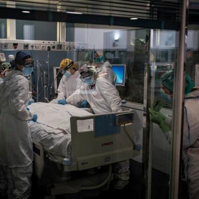 U svijetu od korone umrlo 2.121.070 ljudi