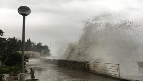 Upozorenje MUP-a: Od sjutra nestabilno vrijeme, obilna kiša i jak vjetar