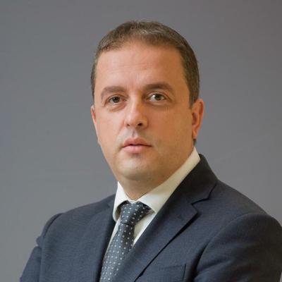 Fatić: Sramno nadmetanje raznih nivoa vlasti, koje građane košta zdravlja