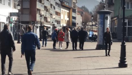 Za poslednja 3 dana u Pljevljima 80 novooboljelih od Covid 19 – Iz Komunalne policije tvrde da je žarište širenja zaraze u zatvorenim prostorima
