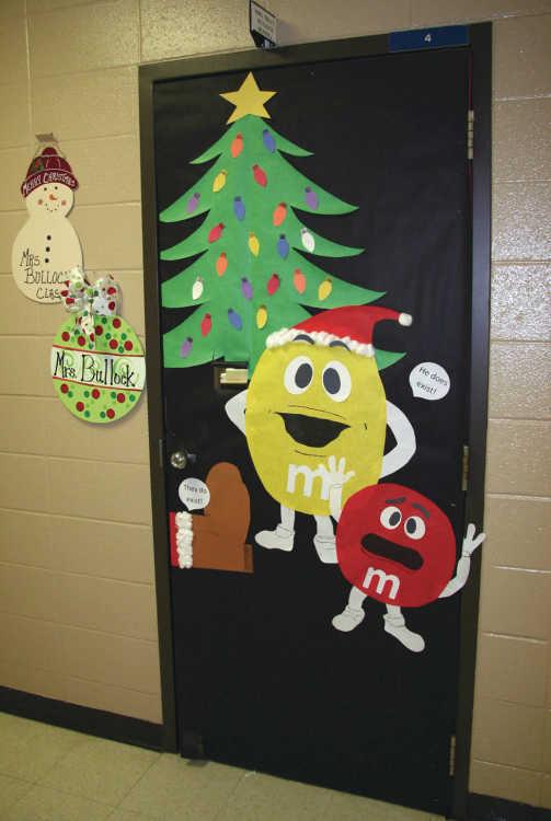 Christmas Door Decorations For Middle School
