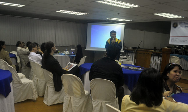 PWAG President Jojo Esposa briefly explained about web accessibility.