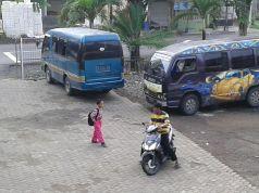 MIni Bus Sekolah