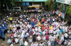 Suasana sosialisasi bahaya penyahgunaan Narkoba bersama Kapolsek Wiyung, Kota Surabaya