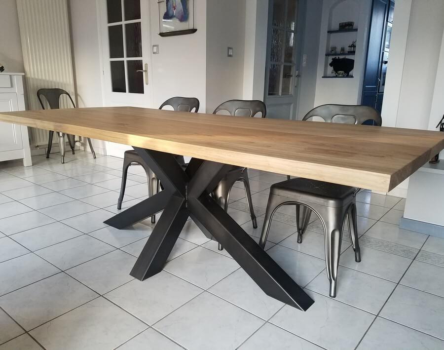 pied de table de repas design ref mikado