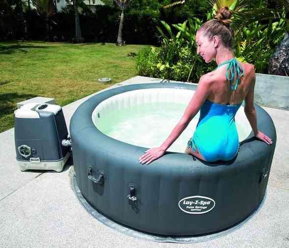 Lazy-Z-Spa Palm Springs HydroJet sturdy