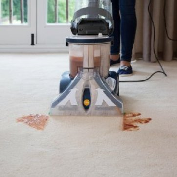 Vax V-125A All Terrain cleaning carpet