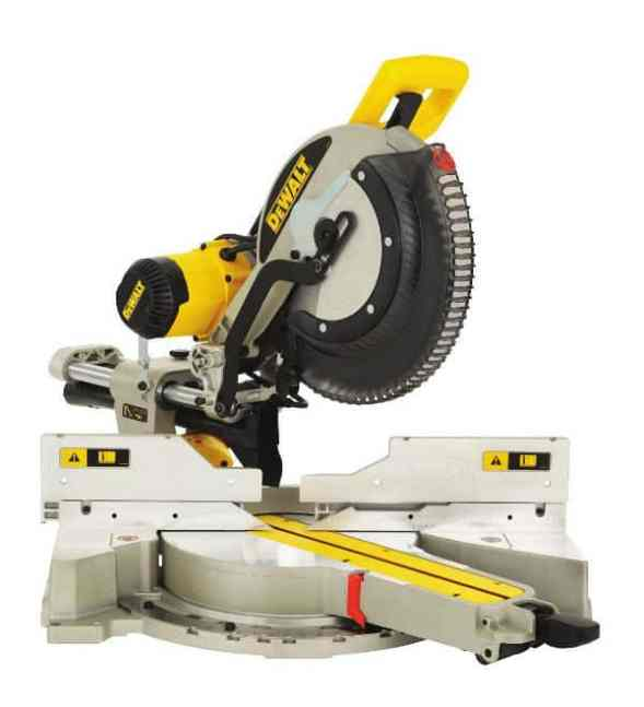 DeWalt 230V 305mm Compound Slide Mitre Saw with XPS Review