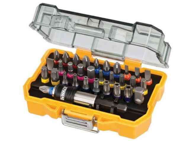 DeWalt 32 Piece XR Professional Magnetic Screwdriver Bit Accessory Set Review