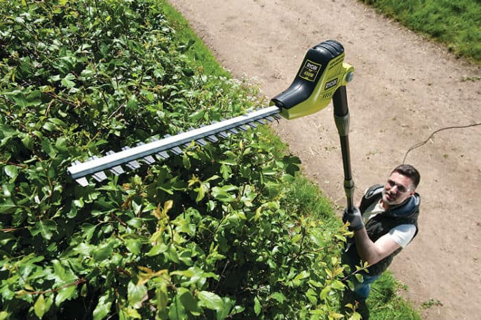 Ryobi RPT4545M Pole Hedge Trimmer with Extension Pole Review