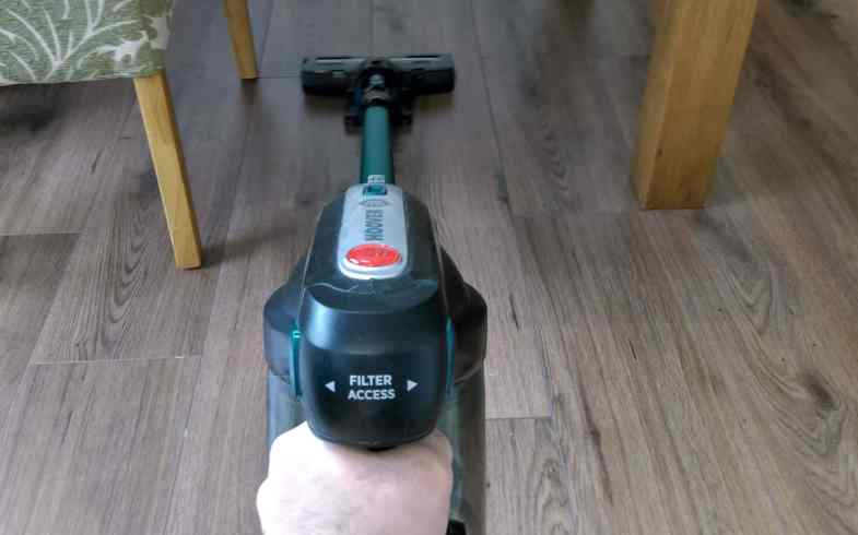 Hoover H-Free HF18CPT Cordless Stick Vacuum Review – 4 weeks of testing