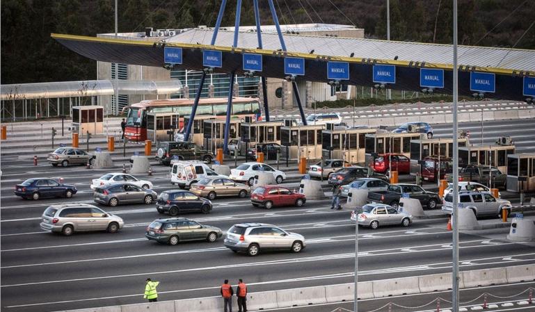 Habrá peajes en las autopistas y autovías: el Gobierno ultima los detalles