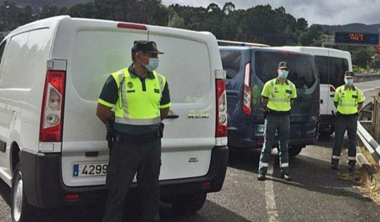 La DGT pone a multar con 200 € a todas sus furgonetas camufladas