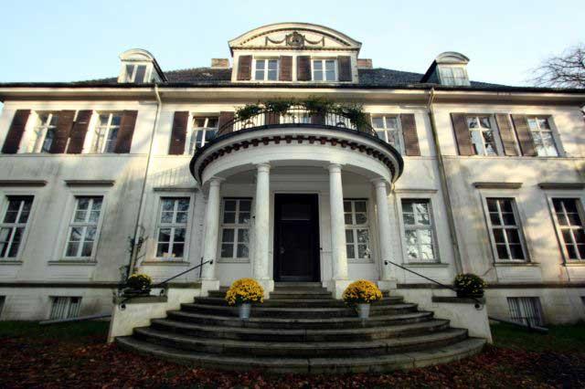 Immenhof -Das berühmteste Herrenhaus des deutschen Heimatfilms.