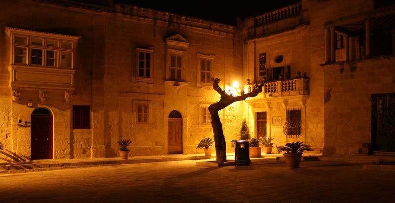 Die arabisch geprägte frühere Hauptstadt Mdina
