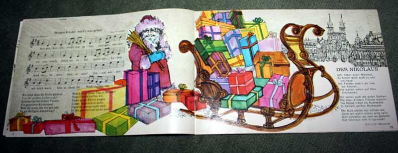 Die Hefte im Querformat haben teilweise doppelseitige Illustrationen