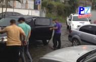 Agentes del OIJ de Quepos detuvieron a dos hombres sospechosos de asalto a taxista cerca de Playa Dominical.