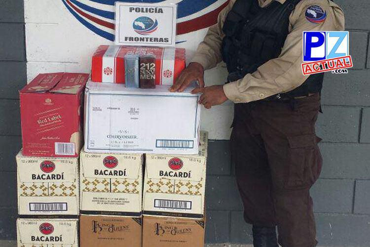Policía de Fronteras intercepta millonario cargamento de licores y tenis en Golfito.