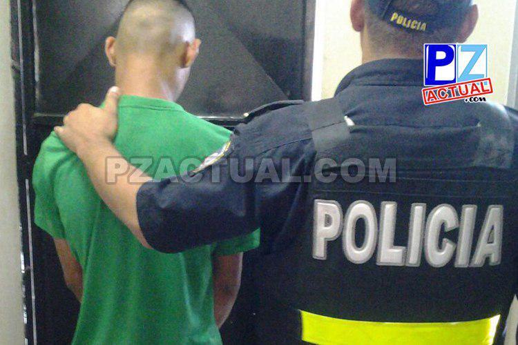 Oficiales de Parrita detienen a sujeto que se infiltró en centro educativo para vender droga.