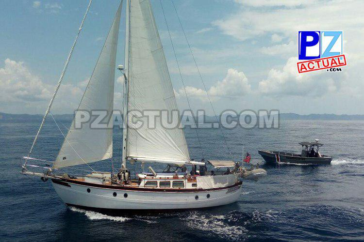 Guardacostas de Golfito auxilian a tripulantes de velero que experimentó problemas mecánicos.