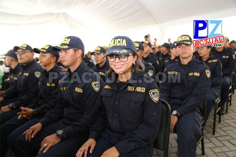 Grupo de policías graduados www.pzactual.com