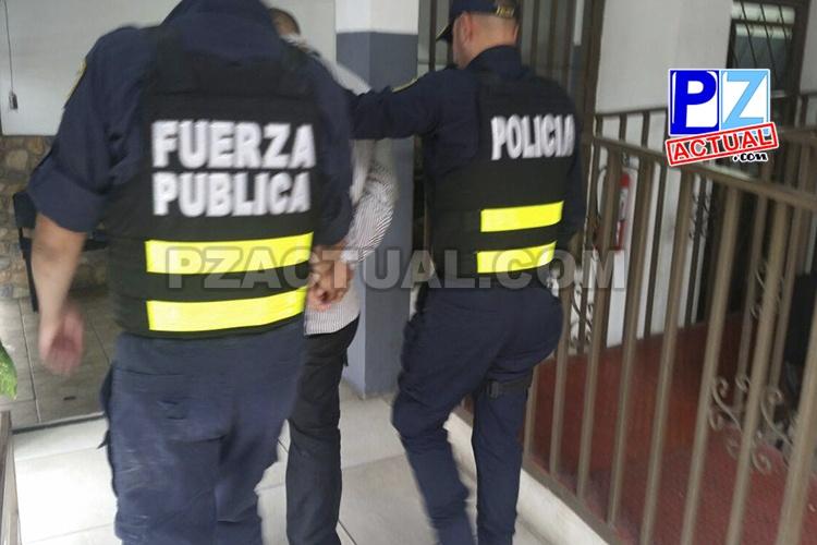 Seis prófugos de la justicia fueron detenidos en el último mes y medio al tramitar la toma de huellas dactilares.