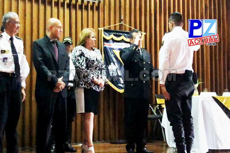 28 nuevos oficiales se graduaron y se incorporarán a la Policía de Tránsito.
