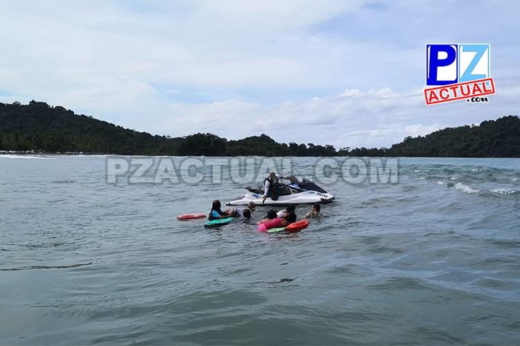 Guardacostas evita que seis turistas mueran ahogados en Quepos.