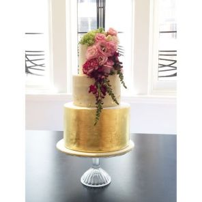 Gold Leaf love Wedding Cake