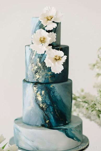Modern Marble Wedding Cakes with Gold Detail By Mon Cheri Bridals