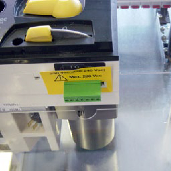 PV Anschlusstechnik Generatoranschlusskasten GAK Stringbox ferngesteuerter DC-Freischalter
