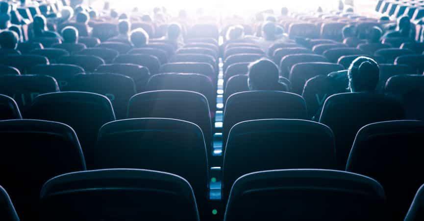 حقيقة وفاة امرأة في السينما أثناء مشاهدة فيلم رعب